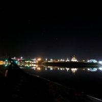 Ночью в Твери на Волге :: александр пеньков