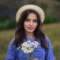 Шляпка и ромашки :: Наталья Соболева