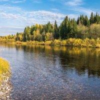 На перекате таёжной реки Ухта... :: Николай Зиновьев