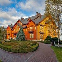 Осенний гостевой дом :: Roman Ilnytskyi