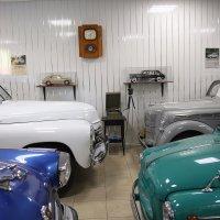В тишине гаража :: Сергей