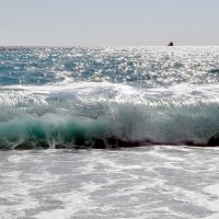 Море в Пицунде :: Vladimir Lisunov