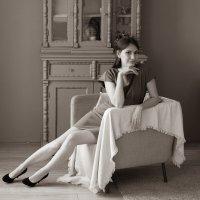Девушка в кресле :: Катерина Урм