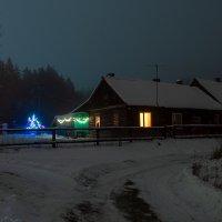 Новогдняя ночь на старой заимке :: Сергей
