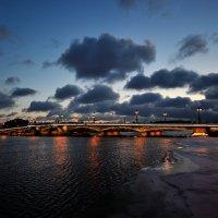 Благовещенский мост... :: Андрей Вестмит