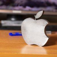 Apple. :: Михаил Соколов