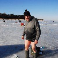 после купания продолжается рыбалка :: Kostas Slivskis