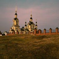 Сельский храм :: Юрий Воронов