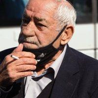 Портрет пожилого мужчины с сигаретой. :: Alla Shapochnik