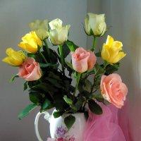 Милые дамы, с днем весны, любви и красоты  ! :: nadyasilyuk Вознюк