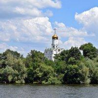 Свято-Николаевский храм на Монастырском острове :: Татьяна Ларионова