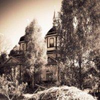 Старая сельская церковь :: Андрий Майковский
