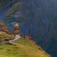 Церковь Святой Троицы в Гергети :: Александр Игнатьев