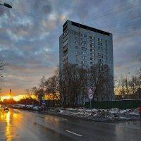 Он (я) уверен, что не скроют тучи солнца, - нет, не скроют! :-) :: Андрей Лукьянов