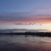 закат на Неве :: Елена