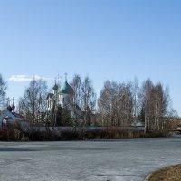 Храмовый комплекс в Пулковском парке :: VL