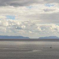 Океан в серо-бежевых тонах :: Valeriy(Валерий) Сергиенко