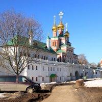 В Новодевичьем монастыре. :: веселов михаил