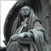 4.Памятник Николаю I и его фрагменты (Вера) :: Юрий Велицкий