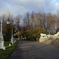 Фонари у Елагина дворца :: Ольга