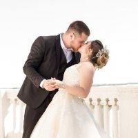 Свадьба, прогулка :: Константин Фёдоров