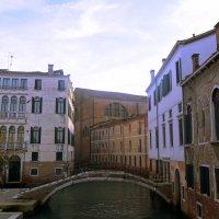 Венеция! И ни одного человека;такого не бывает. Здесь народ днем и ночью ... :: ВЛАДИМИР К.