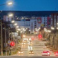 Ухта, улица Сенюкова насквозь... холодный вечер. :: Николай Зиновьев
