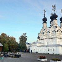Собор Муромского Свято-Троицкого монастыря :: Юрий Шувалов