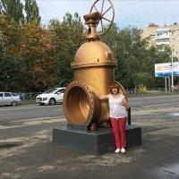 Памятник чугунной задвижке :: Надежда