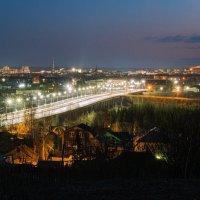 Вид на Ухту, двенадцатый час ночи, преддверие белых ночей, уже почти не темнеет и рано светает... :: Николай Зиновьев