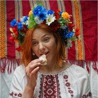 Ну дуже смачний налисник... :: Сергей Порфирьев
