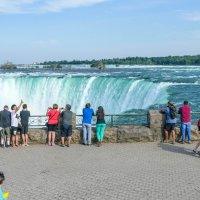 Подошли к Ниагарскому водопаду... и затем заглянем вниз! :: Юрий Поляков