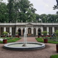 Красный сад с Малой оранжереей и огородом :: Елена Павлова (Смолова)
