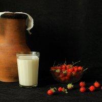 Клубника с молоком. :: Сергей
