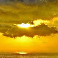 Небо на рассвете :: Юрий Гилёв