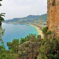 Вид из Крепости Аланья, на пляж Клеопатра... :: Sergey Gordoff
