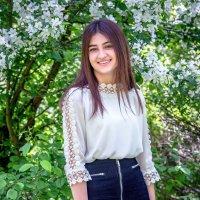 Молодость и весна :: Виктор Садырин