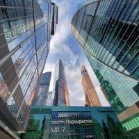 Высокое небо в Москва-СИТИ :: Александр Орлов