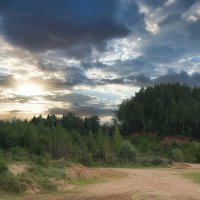 Шикарные облака в Сычёво :: Dmitriy Vargaz