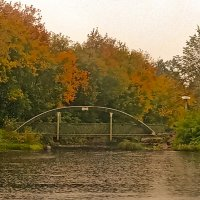 Осень на пруду :: Сергей Кочнев