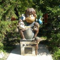 Хозяйственная обезьянка :: Александр Рыжов