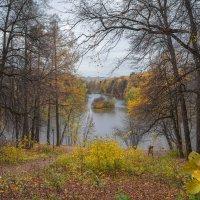Октябрь в Царицыно... :: Владимир Жданов