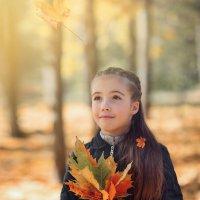 Вот она - осень, с акварелью полной красок .... :: Лилия .