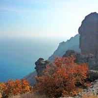 Осень  на  Карадаге :: Валентин Семчишин