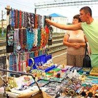 Продавец сувениров. :: Владимир Янцен