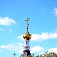 ...и в небо смотрят кресты. :: Виталий Дарханов