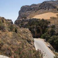 Крит,где-то в горах. :: Сергей Прилуцкий