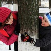 Зима и младшие братья-сестры - это весело! :: Anna Stroinova