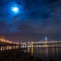 Ночной Вантовый мост :: Григорий Храмов