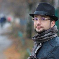 На прогулке :: Артем Калашников